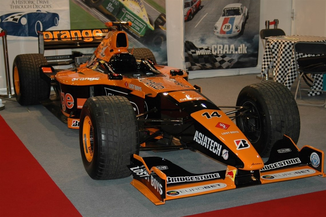 2000-f1-arrows-a21---must-be-sold-best-offer
