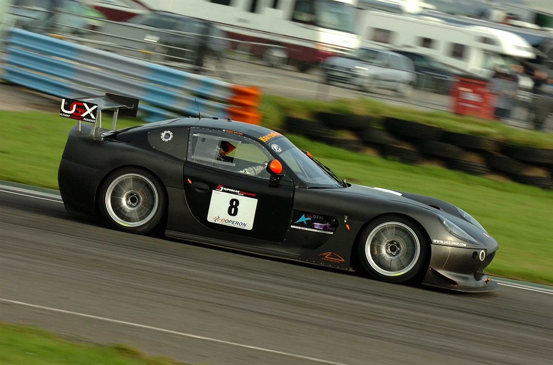 ginetta-g50-gt4-350-bhp-with-paddle-shift-and