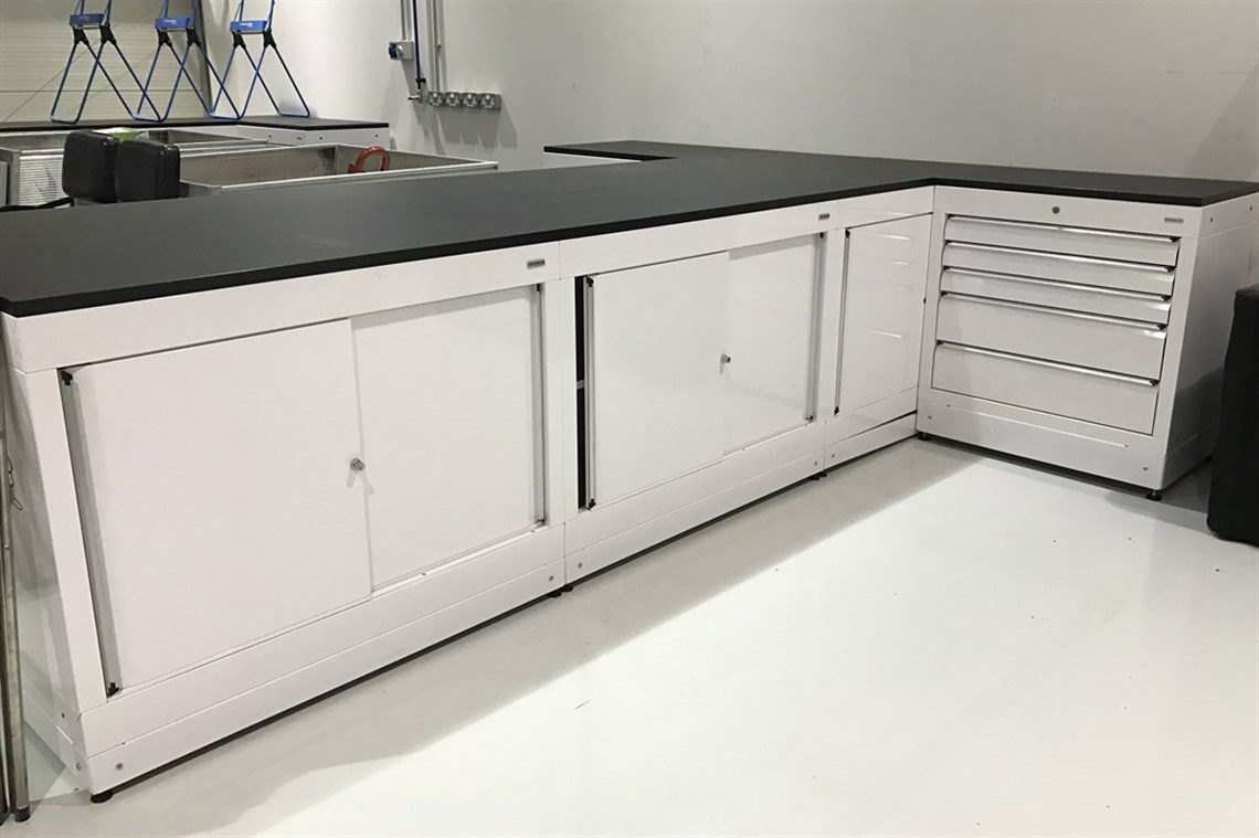 Cabinets For Workshop Racecarsdirectcom Dura Workshop Cabinets