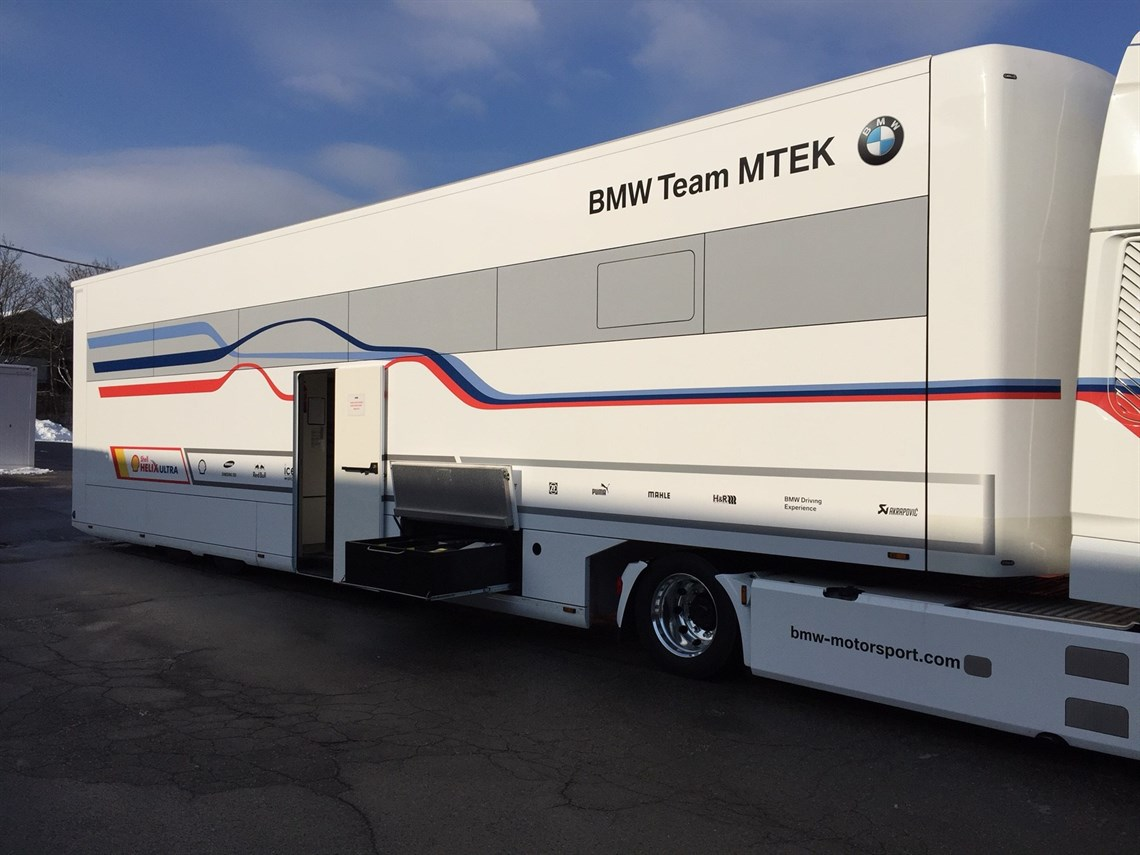 bmw-dtm-schuler-racetrailer-for-3-cars-and-of