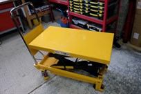 scissor-table-350kg---great-for-moving-engine