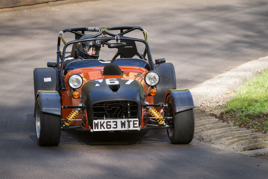 Racecarsdirect com - Caterham Hayabusa