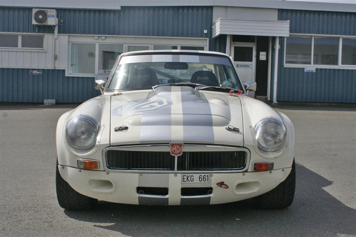 Car Transport Reviews >> Racecarsdirect.com - MGB GT V8 Sebring