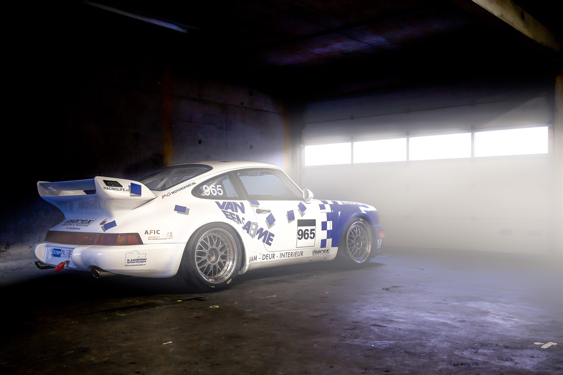 porsche-964-widebody-race-car
