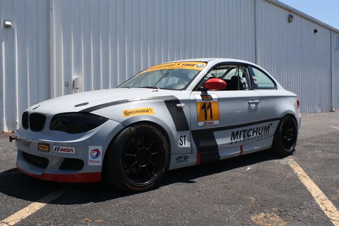 Racecarsdirect Com Mitchum Motorsports 11 Grand Am St Bmw 1 Series