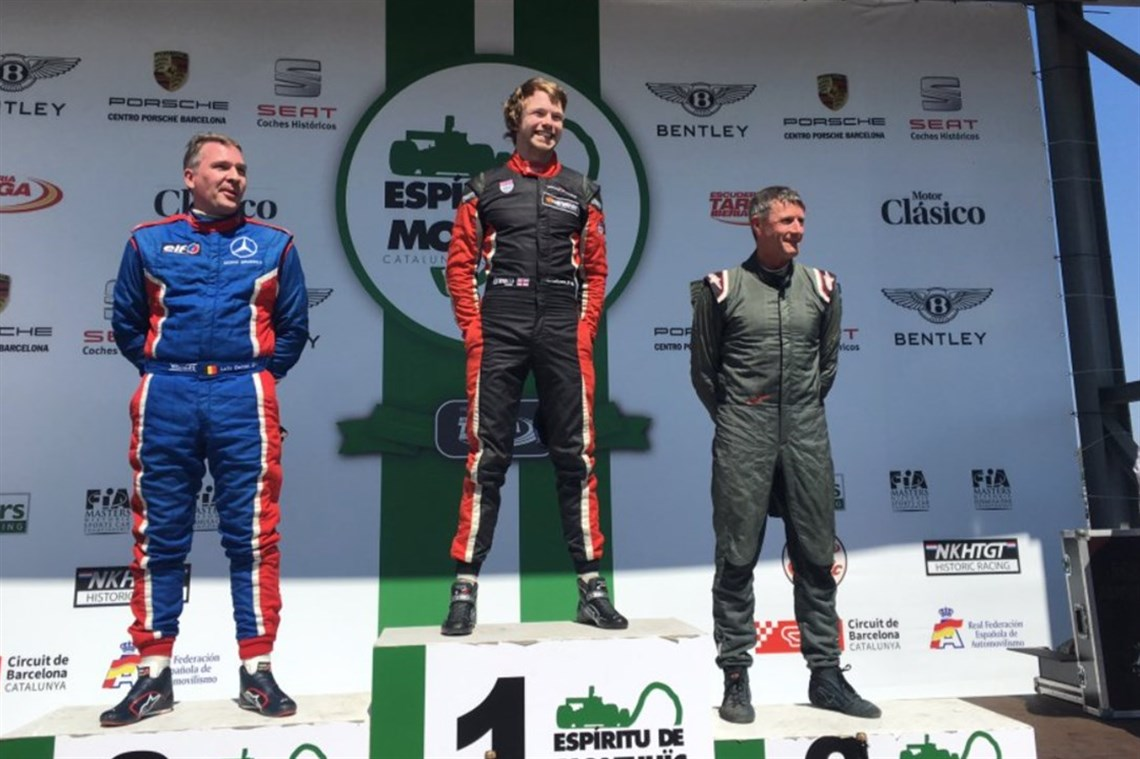 michael-lyons-wins-in-fia-historic-f1-in-barc