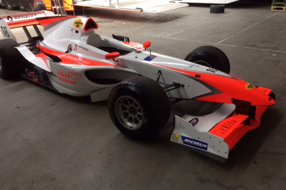 Racecarsdirect.com - EX A1GP lola cars rolling chassis or with engine