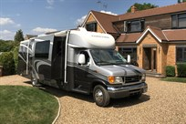 triple-slide-rv-motorhome