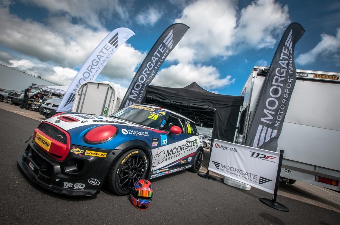 Racecarsdirect.com - Mini Challenge JCW F56