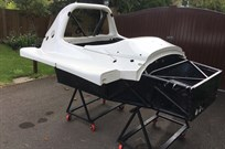 radical-sr8-chassis-2013-with-upper-body-sect