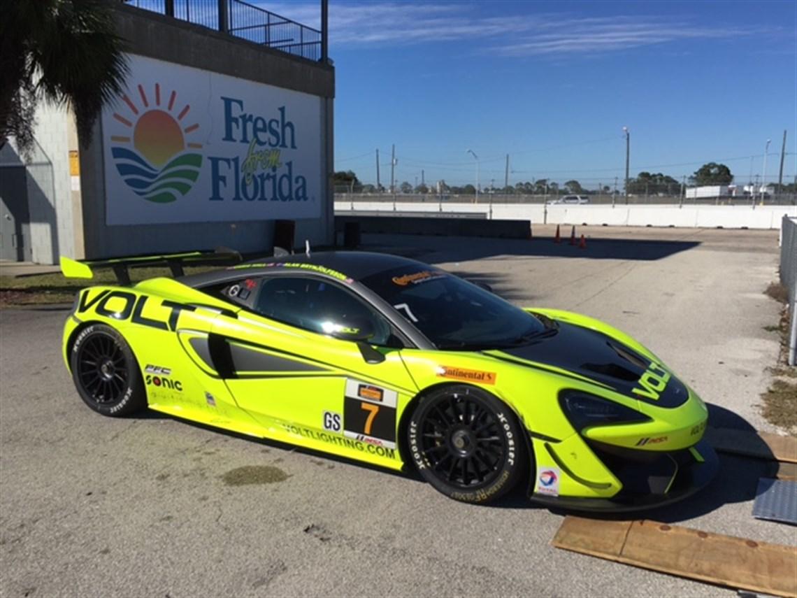 Racecarsdirect.com - McLaren 570S GT4's