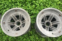 pair-of-mystery-magnesium-rims--11x13--centre