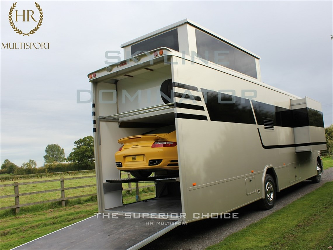 Skyline dominator with slide out for Rvs with garages