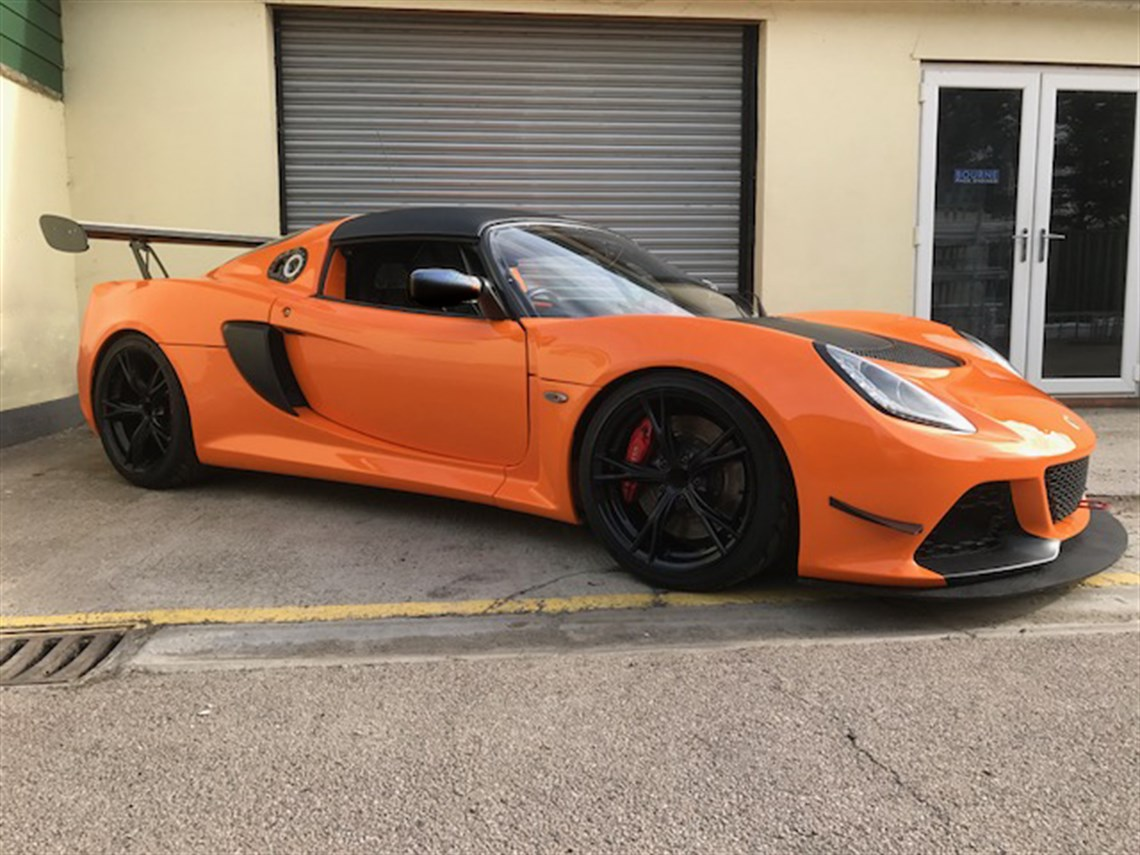race spec lotus exige v6 cup r reduced. Black Bedroom Furniture Sets. Home Design Ideas