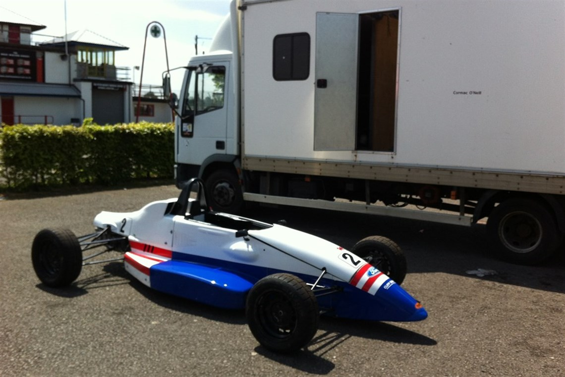 Racecarsdirect.com - Ray Formula Ford FF 1600 rolling chassis