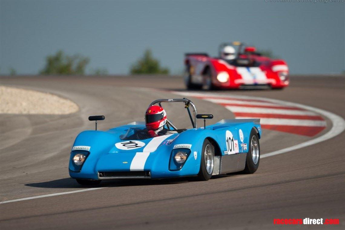 Racecarsdirect.com - Lola 210