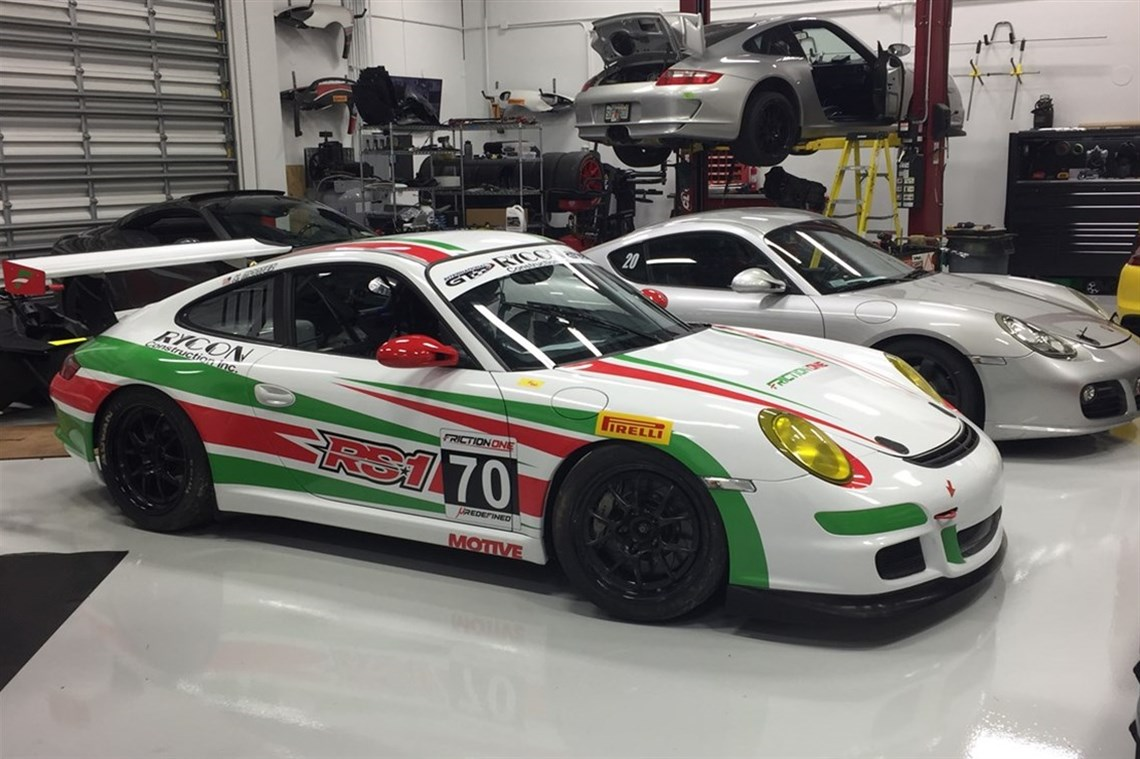 Racecarsdirect.com - Porsche 997 Race Car