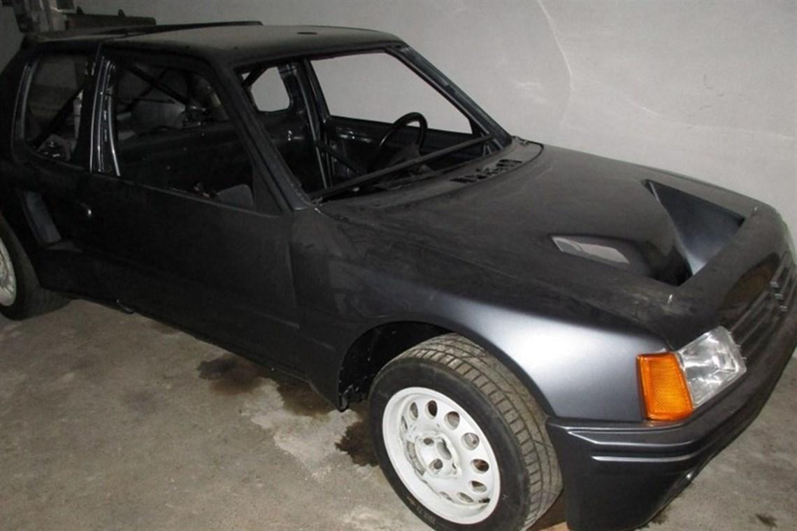 Racecarsdirect.com - Peugeot 205 T16 evo1