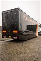 4-single-seater-2-gt-car-trailer-with-office