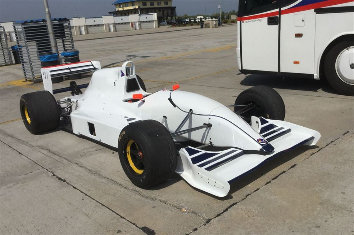 Racecarsdirect.com - MUST BE SOLD LOLA F3000 T92/50 BEST OFFER ...