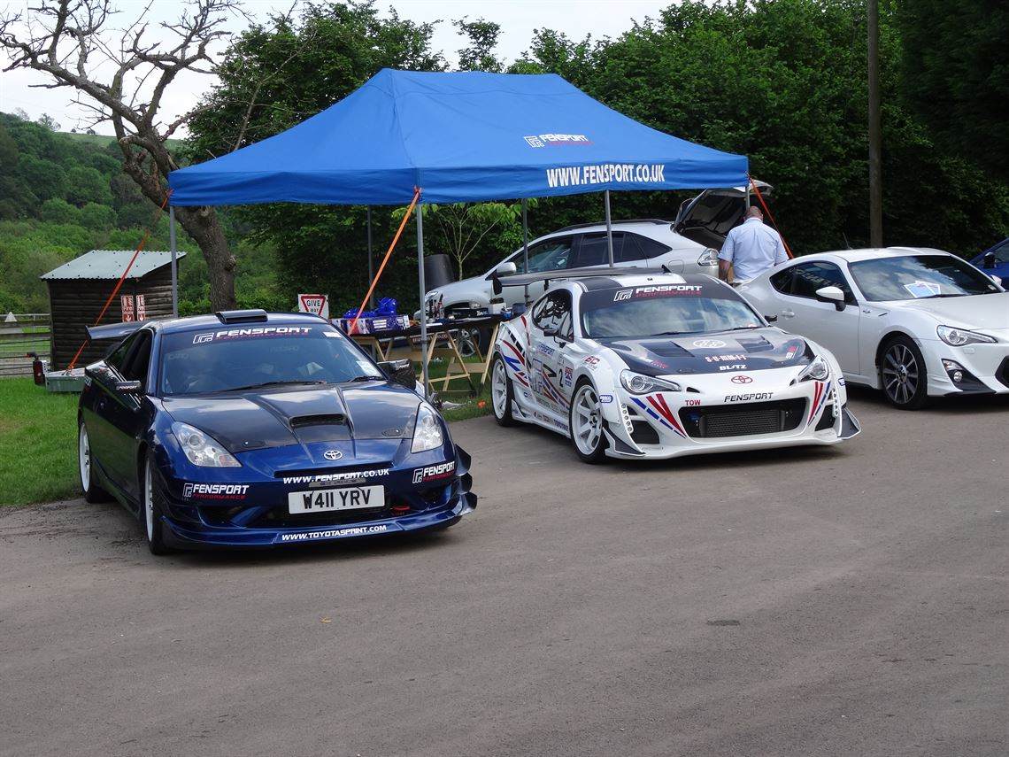 Racecarsdirect.com - Toyota Celica special: \'Fensport GT4X\'