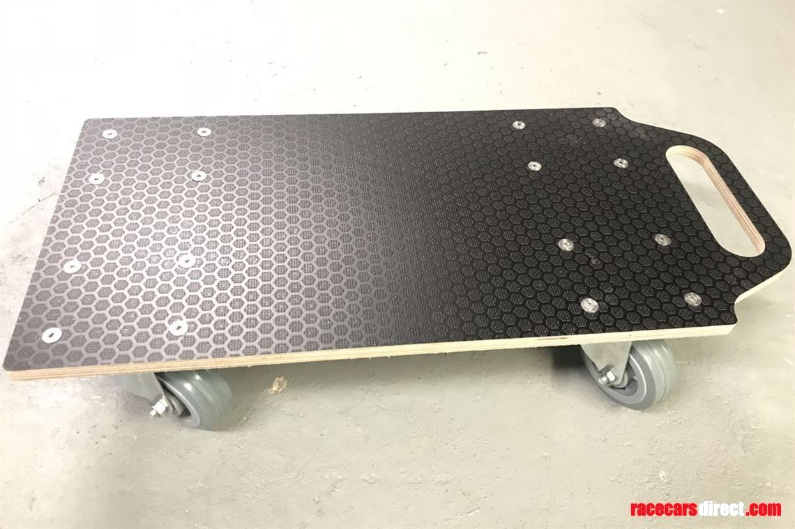 dolly-board-skate