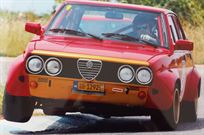 alfa-romeo-alfetta-sedan-racing-replica-autod