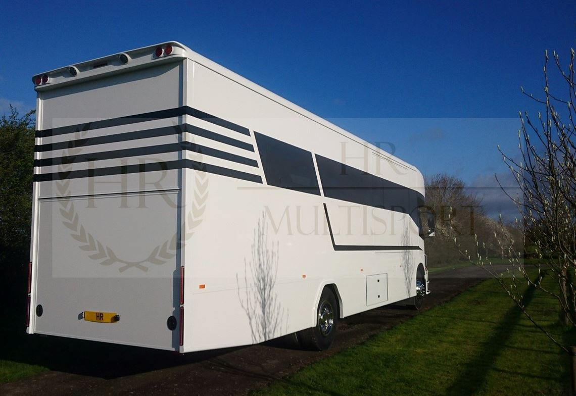 hr-motorhome-with-garage-for-mxkart-quad-slid
