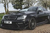 mercedes-benz-c63-amg-coupe-with-black-series