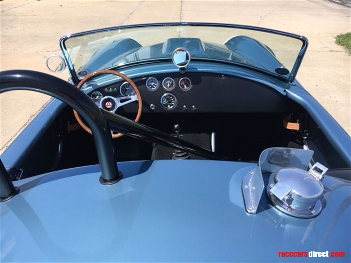 1965-shelby-cobra-usrrc-289-fia-re-creation