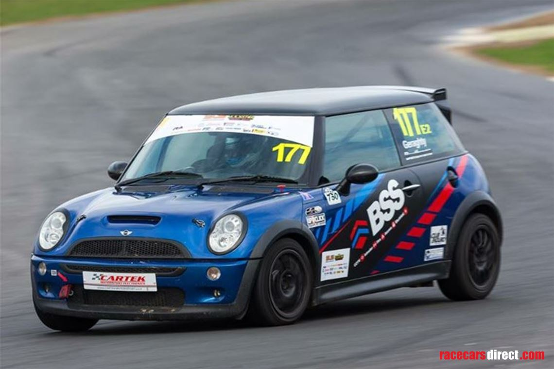 Mini Cup Race Car >> Racecarsdirect Com Mini R53 Cooper S Cup Car