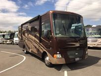 2012-winnebago-itasca-sunstar-30t