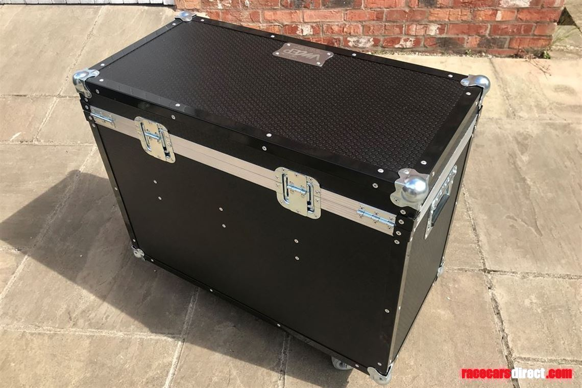 jerry-can-fuel-transport-flight-case