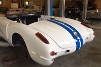 chevrolet-corvette-1960-cunningham-tribute-pr