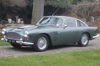 aston-martin-db4-series-iv