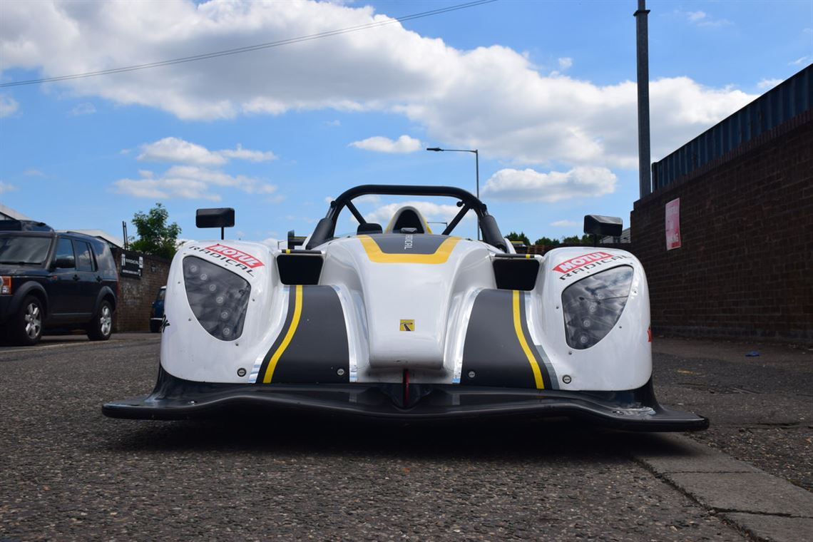 2018-radical-sr1-white