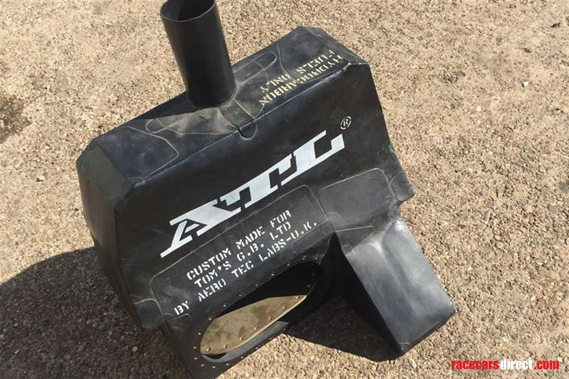 Racecarsdirect com - TOMS-Toyota F3 unused ATL fuel cell