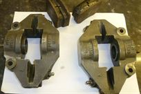 pair-of-ap-cp2561-calipers