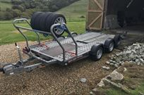 brian-james-c4-blue-trailer-40-x-18m-bed-2600