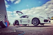 porsche-cayman-gt4-clubsport-mr-options